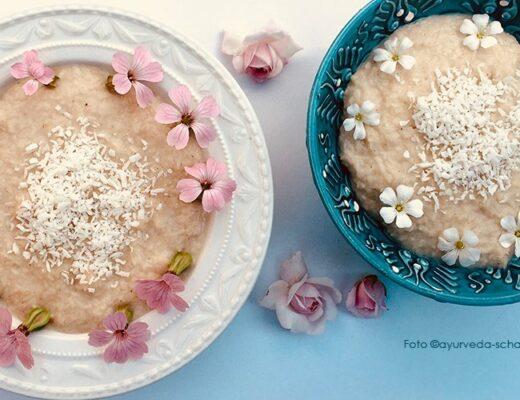 Kokospudding nach einem ayurvedischen Rezept