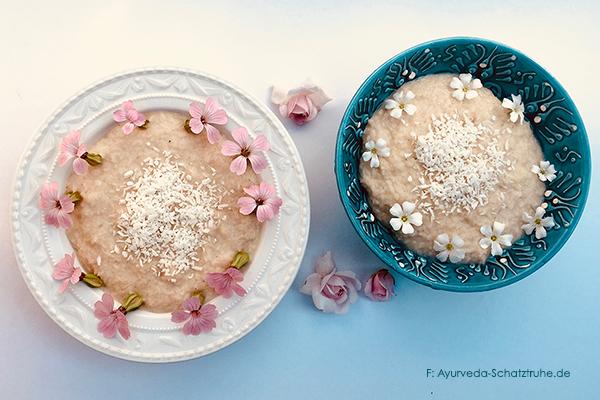 kokospudding zwei schalen