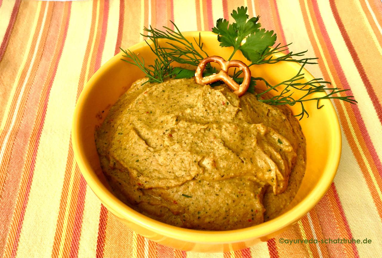 hummus ayurvedisch fertig in der schale