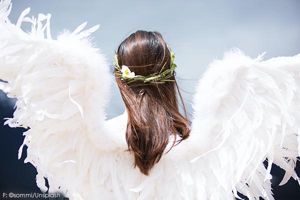 Ayurveda Engel mit Federn und Flügel, frei von Krankheiten